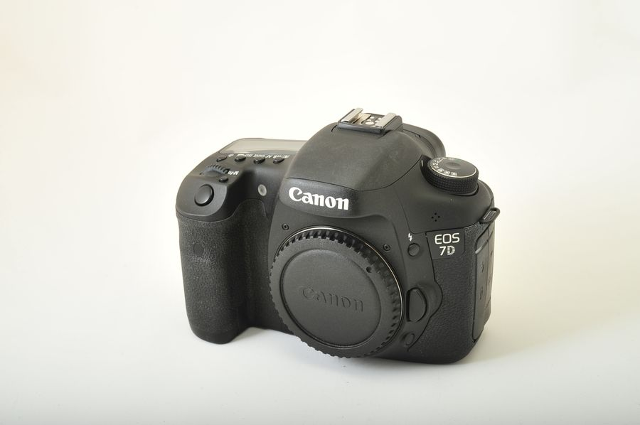 Camera31 :: Canon EOS 7D Cameras D-SLR Full Frame